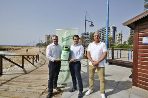 Torrevieja busca su reconocimiento ambiental de la mano de 425 bares y chiringuitos
