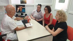 La unidad de Rehabilitación y Fisioterapia del Hospital Vega Baja crea la 'Escuela de hombro'