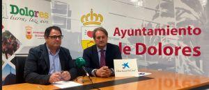 El Ayuntamiento de Dolores y la Obra Social de CaixaBank juntos para llevar a cabo el programa de ayudas a niños en riesgo de exclusión social