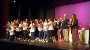 ADIS presenta su calendario solidario en Benejúzar