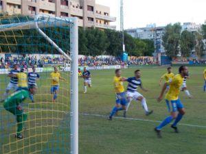 El CD Castellón, otro líder para el Orihuela CF en la vuelta de Pato