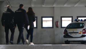 La Policía Nacional detiene a una persona por abandonar a una recién nacida en un portal en Orihuela