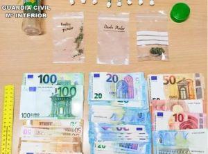 Detenido en Guardamar del Segura por llevar 15 dosis de cocaína preparadas para la venta en el coche