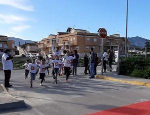 Kilómetros de Solidaridad en Benferri por el Día de la Paz