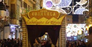 Tradición y fantasía en la cabalgata de los Reyes Magos de Orihuela