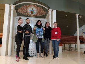 El Mago Lumaki realiza un show benéfico en el Teatro Circo a beneficio de la AECC de Orihuela