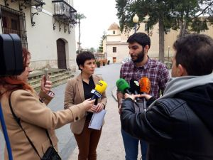 Cambiemos Orihuela y el PSOEconsideran un atentado contra la memoria democrática la eliminación de los versos de Miguel Hernández de la Almudena