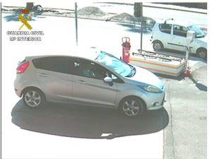 Detienen a cinco personas en la Vega Baja por robar con fuerza en viviendas de la comarca