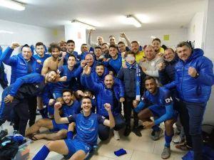 El Redován recorta al Villajoyosa a la espera de su duelo aplazado en el Nou Plà